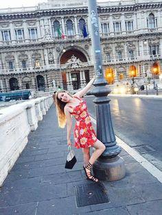 rachelcathlynn took her Red Waterlilies Trixie Romper to Rome! #trashydiva #trashydivaredwaterliles #trashydivatrixieromper