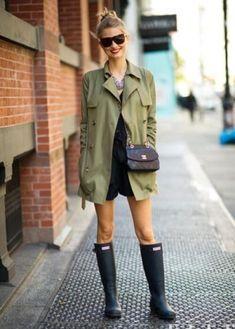 ideias de looks para dias de chuva galocha