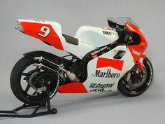 Norick Abe Marlboro Team Roberts Yamaha