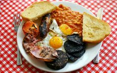 Cost of a full English breakfast falls Breakfast Meaning, Breakfast Menu, The Breakfast Club, Best Breakfast, English Breakfast Traditional, How To Cook Beans, Cafe Food, Good Food, Food And Drink