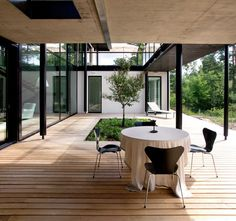modern residence 43 Workshop and Family Home in One Charming Building: Villa Snow White in Finland