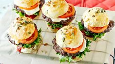 A Caprese Salad on a Cheese Bun. Cheese Buns, Sandwiches, Ritz Crackers, Garlic Shrimp, Just Cooking, Fabulous Foods, Salmon Burgers, Street Food, Appetizers