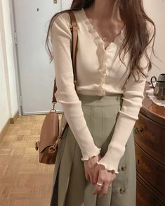 Cute Casual Outfits, Modest Outfits, Modest Fashion, Pretty Outfits, Stylish Outfits, Fashion Outfits, Korean Outfit Street Styles, Korean Street Fashion, Korean Outfits