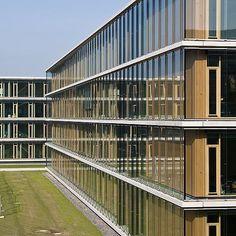Wooden facade cladding  MAX-BORN-BERUFSKOLLEG, RECKLINGHAUSEN Schindler