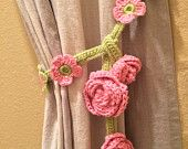 Crochet Curtain Ties pair) by JinesCrafts on Etsy Love Crochet, Crochet Gifts, Beautiful Crochet, Crochet Flowers, Knit Crochet, Crochet Decoration, Crochet Home Decor, Crochet Borders, Crochet Stitches