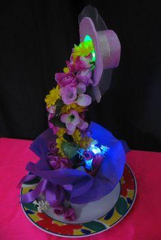 Cascada de flores iluminada (Centro de mesa o decoración)