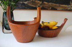 Jens H Quistgaard 'Viking' solid teak fruit bowl, designed 1958 for Dansk Designs Denmark