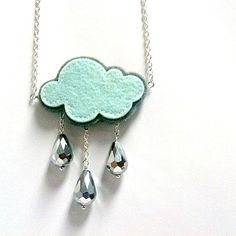 #felt #necklace You tube is cloudy or rainy days, the sea life is always so pleasant.