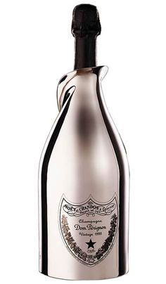 Poppy gives Vivia an expensive bottle of Dom Perignon Brut Champagne, encased in a plated white gold bottle sheath, as a way to apologize for the Boujis Scandal.
