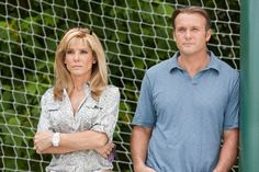The Blind Side - Christian Movie, Christian Film DVD Blu-ray, Sandra Bullock,Tim McGraw, Michael Oher The Blind Side 2009, John Lee Hancock, Michael Oher, Blinde, Be With You Movie, Inspirational Movies, Birth Mother, Movie Couples, Tim Mcgraw