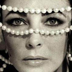 Elizabeth Taylor | Pearls