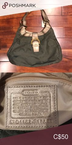 Shop Women's Coach size OS Totes at a discounted price at Poshmark. Coach Tote Bags, Green Bag, Womens Tote Bags, Messenger Bag, Totes, Satchel, Handbags, Best Deals, Things To Sell