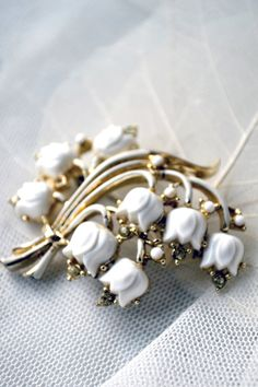 Vintage CORO brooch - a bouquet of Lilies of the Valley