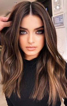 These gorgeous hair dye colors and hair color ideas you should try in 2020 1 - I Take You Wedding Readings Wedding Ideas Wedding Dresses Wedding Theme Brown Blonde Hair, Blue Eyes Brown Hair, Blonde Balayage On Brown Hair, Brown Balyage, Babylights Brunette, Sandy Brown Hair, Dark Brunette Balayage Hair, Warm Brown Hair, Dark Balayage