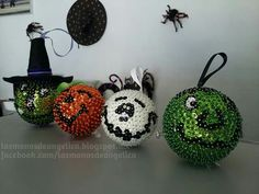 Sequin Ornaments, Christmas Crafts, Christmas Ornaments, Crochet Earrings, Sequins, Homemade, Easter Ideas, Halloween, Holiday Decor
