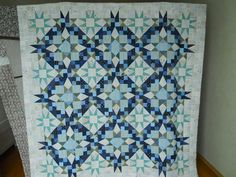 Bonnie Hunter Mystery Quilt 2016. The Finale. Unbelievable amount of work :) Gorgeous pattern! Very pleased how this turned out, love the neutral border. Used up all white-blue scraps :) http://quiltville.blogspot.com.ee/2017/02/mystery-monday-link-up-finale.html Thanks Bonnie!