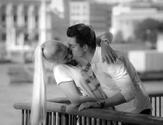 How Likely It Is Your Long Distance Relationship Will Last, By Zodiac Sign — YourTango Images Gif, Funny Images, All You Need Is Love, Cute Love, Love Images Free, John Gottman, Strip, Photos Of Women, Love Couple