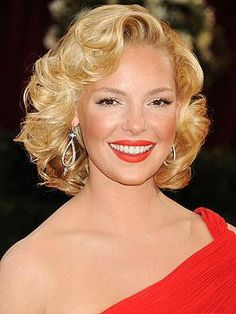 Wavy Pageboy Haircut | If I ever got my hair to curl this tightly and STAY this tightly ...