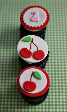 Fondant Cherry and Age or Monogram Toppers for Cupcakes, Cookies or Mini-Cakes Fondant Cupcake Toppers, Fondant Icing, Cupcake Cookies, Christmas Cupcakes Decoration, Fondant Decorations, Torta Angel, Cherry Cupcakes, Cherry Cake, Pretty Cupcakes