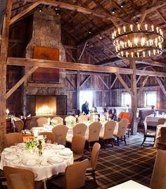 Elegant-meets-rustic reception at Blackberry Farm in Tennessee | photo by Bamber Photography