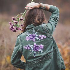 #armyfashion #militaryfashion #fashion #style #boho #bohemian #embellished #bohofashion #bohostyle #embellishedmilitary #grunge #rabbitandtheraven #festivalseason #festivalfashion #embroideredjacket #embroidery