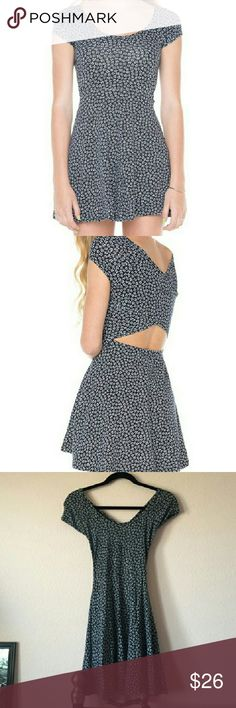 Floral Brandy Melville bethan dress One Size skater with cut out Brandy Melville Dresses Mini