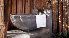 20 de căzi de baie impresionante din piatră naturală | CasaMea