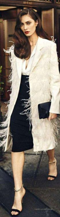 8fb9afc349 Cosmopolitan Source  Ladyluxury7 Love Fashion