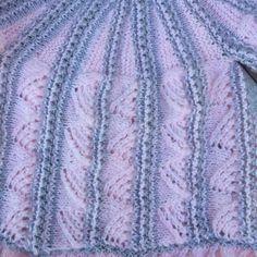 Cardigan -doublet pattern DIY, Difficulty of the Cardigan : very high, size: newborn Baby Cardigan Knitting Pattern, Knit Jacket, Baby Knitting, Knitting Stitches, Knitting Patterns, Purl Stitch, Doublet, Stockinette, Garter Stitch