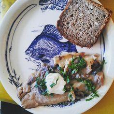#leszczykzłowionymężaręcami #znowu#rybka #pieczarki #cebulka#zielona pietruszka#śmietanka#bream#mushroom#onion#cream#parsley