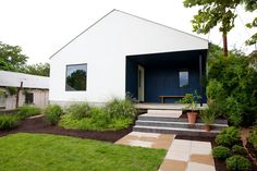 2308 E 9th St, Austin, TX 78702 is For Sale | Zillow