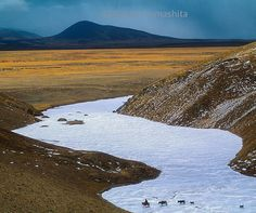 Photograph by Michael Yamashita. @yamashitaphoto. Mekong River near its headwaters 17000 ft. high on the Tibetan Plateau Qinghai China. In Tibetan called Dza Chu (Water of Stone) because of its icy origins in the bare rock pinnacles of the Plateau. #Mekong #tibetanplateau #Qinghai #China @natgeocreative @thephotosociety (by natgeo)