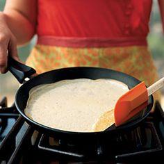 Você não espera a frigideira aquecer o suficiente antes de colocar o alimento...  You don't get the pan hot enough before you add the food. | CookingLight.com
