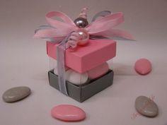 Boite de dragées perles et rose, Boites a dragees mariage forme cube