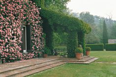 Landscape Architect Russell - Landscape Architect and Garden Designer: Russell Page (1906-1985) – via Homeexteriorinterior.com / > Great bio info on R. Page. Click on pic then click on read full article 'Landscape Architect & Garden Designer...' to get all the info