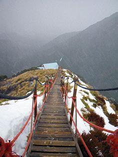 Broken River Lodge, Craigieburn Range, Southern Alps, New Zealand