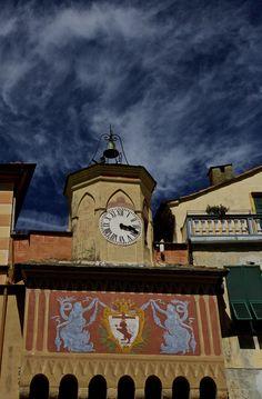 Clocktower Over Entrance Gate https://madipix.com/clocktower-over-entrance-gate/