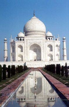 13. See the Taj Mahal, India
