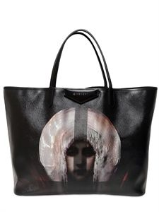 GIVENCHY MADONNA PRINT LARGE TOTE ITEM CODE 57I-D1A006 Model Outfits 40dffb8865655
