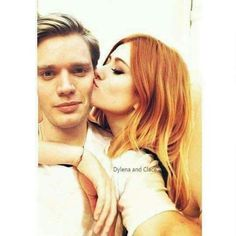 Clary Und Jace, Clary Fray, Immortal Instruments, The Mortal Instruments, Shadowhunters Actors, Dominic Sherwood, Katherine Mcnamara, Clace, Shadow Hunters