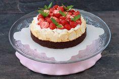De Brownie-Meringuetaart uit het Saakje's Zoete Bakboek! Ga jij ook je familie en vrienden verrassen met een stukje van deze heerlijke taart?