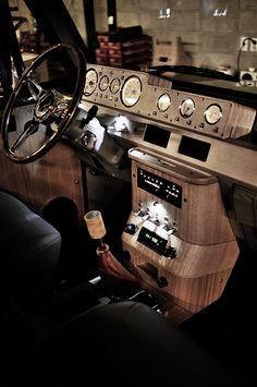 Mitsubishi Pajero -> Hyundai Galloper -> Mohenic Garages redesign - MohenicG Classic V6 ver. Coniston Green. www.the.co.kr Custom Car Interior, Truck Interior, Mitsubishi Pajero, Golf Mk1, Car Console, Center Console, Old Garage, Garage Doors, Cool Garages