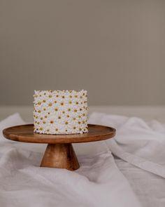 Pretty Birthday Cakes, Pretty Cakes, Cute Cakes, Beautiful Cakes, Baby Girl Birthday, 1st Birthday Parties, Birthday Ideas, Celebration Cakes, Birthday Celebration