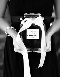Chanel <3     (I want to make a giant print of this to hang in my room.)