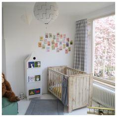 gordijn van lichtgrijs met witte ruit op kinderkamer uit de collectie van boerbontig ruit stof 5cm wwwboerenbontignl gordijnen kinderkamer