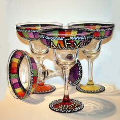 Love these margarita glasses, makes me want to run out and buy tons of glass paint and have fun!