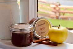 Canning Apple Butter Crockpot Recipe: Use this simple crockpot recipe to make Apple Butter. Then turn your apple butter into a sweet hostess gift for the holidays with our free printable labels!
