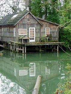 Wanderin' Weeta (With Waterfowl and Weeds): Stopover at Finn Slough Water House, Hiding Places, Waterfront Homes, Cabins, Outdoor Spaces, Homesteading, Small Spaces, Dark Mori, Water 3