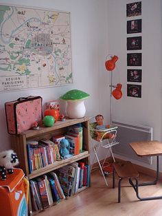French map is a great touch in a kid's room.