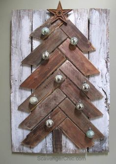 In today's post we want to show you some great ideas of how to make a pallet Christmas tree!